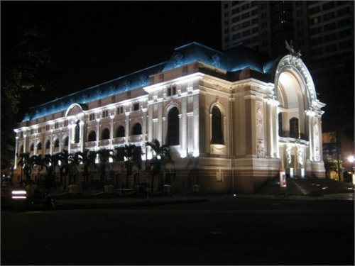 Municipal Theater in Ho Chi Minh City-2
