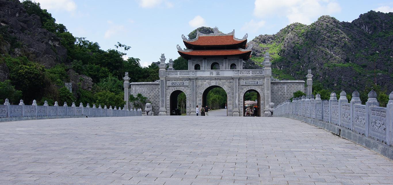 华卢古城堡