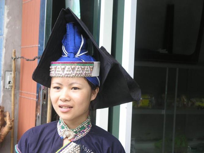 Pa Di ethnische Mädchen